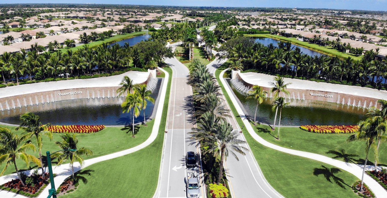 View of Valencia Cove landscape in Palm Beach, FL