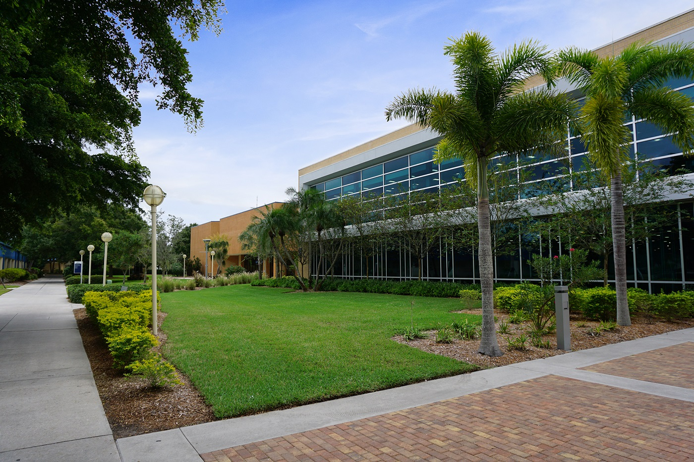 landscaping services for college campus Bradenton FL