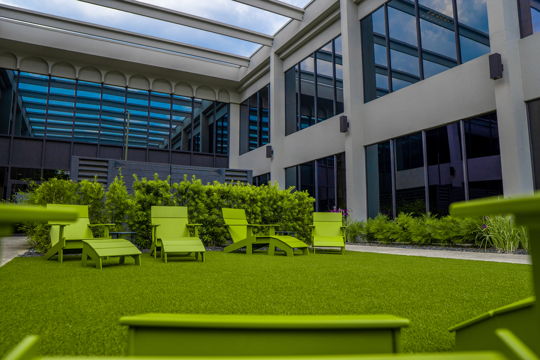 Commercial Landscaping District of Chamblee lawn courtyard artificial turf
